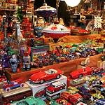 Stand de jouets au marché de Noël