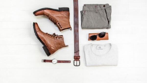 Vêtements pour un voyage éducatif